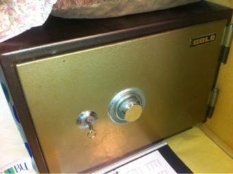 【浜松市北区】古い金庫の開錠