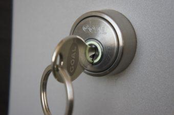 【浜松市】玄関の鍵開け