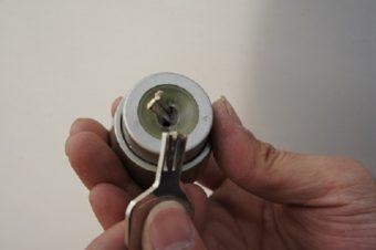【浜松市】玄関の鍵の修理